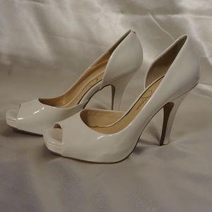 jessica simpson white heels size 7m